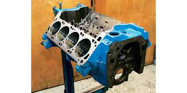 335 Ford Engine