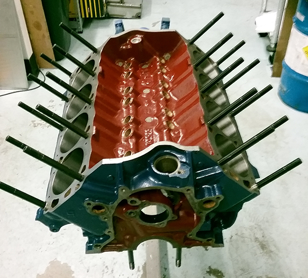 393 cid Small Block Ford Engine with Hemi Heads - Engine Builder