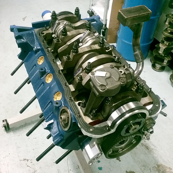 393 cid Small Block Ford Engine with Hemi Heads - Engine