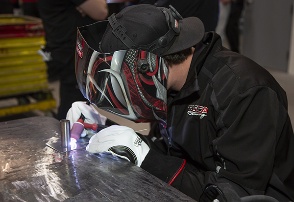 Lincoln Electric Hosts Motorsports Welding Seminar - Engine Builder ... 3adfd02994f