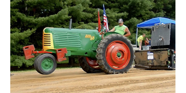 Antique Tractor Pulling - Engine Builder Magazine